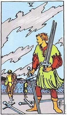 вашата карта таро за деня, петица мечове, конфликт, напрежение, некоректност