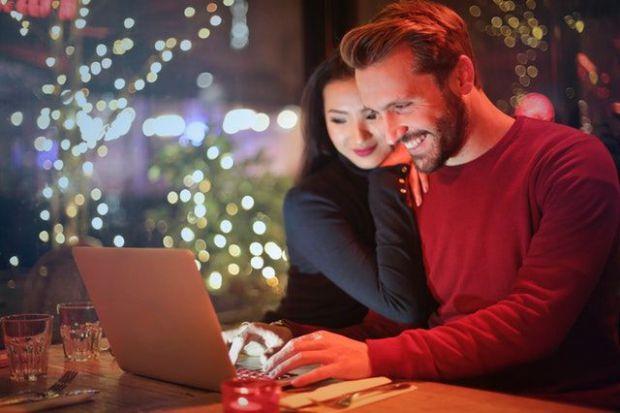 щастие, мъж и жена, компютър, постижение, хармония, баланс