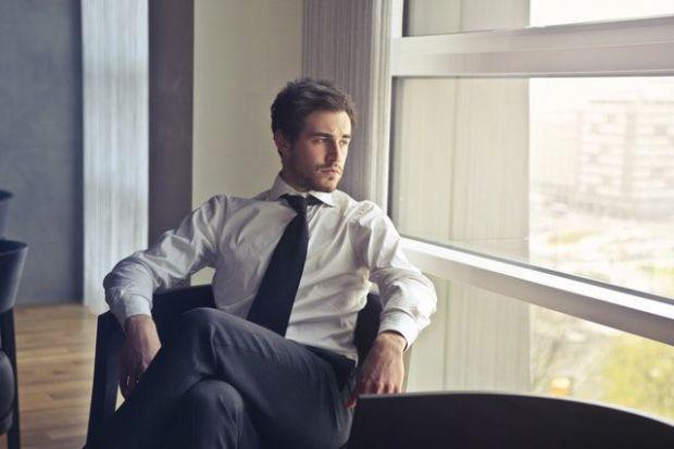 мъж, костюм, авторитарен, комплексиран, самохвалко