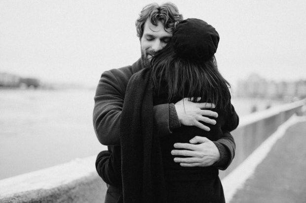 скорпион, астрология, мъж, жена, прегръдка