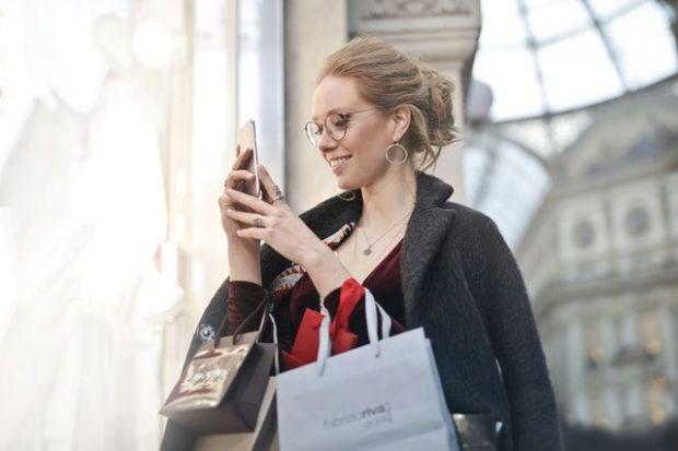 жена, пазаруване, покупки, торби, шопинг