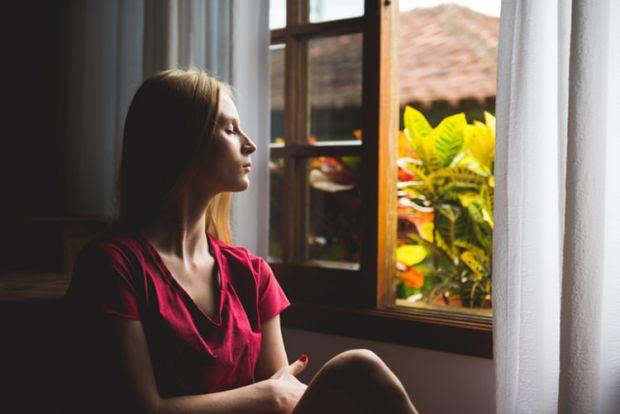 жена, прозорец, замислен, крои планове, мисли
