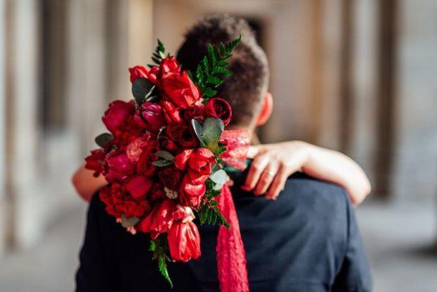 подарък, щедрост, жест, цветя, мъж, жена