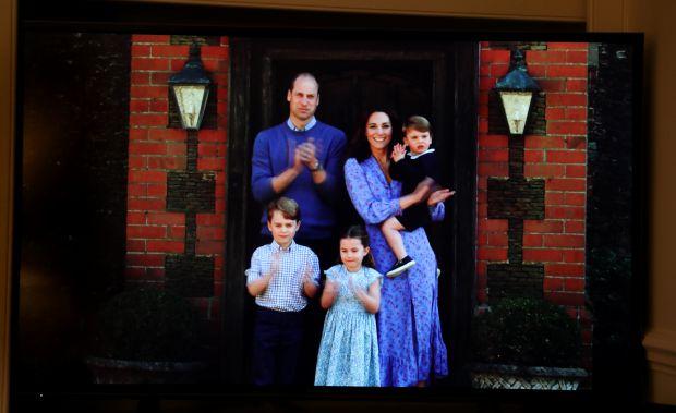 принц Уилям, Кейт Мидълтън, принцеса Шарлот, принц Джордж, прин Луи