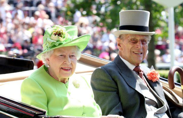 кралица Елизабет Втора, принц Филип