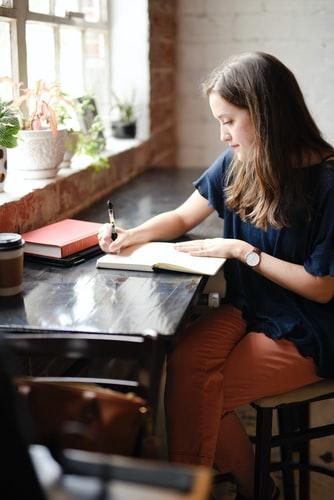 писател, зодия телец, мисъл, упоритост, постоянство, талант