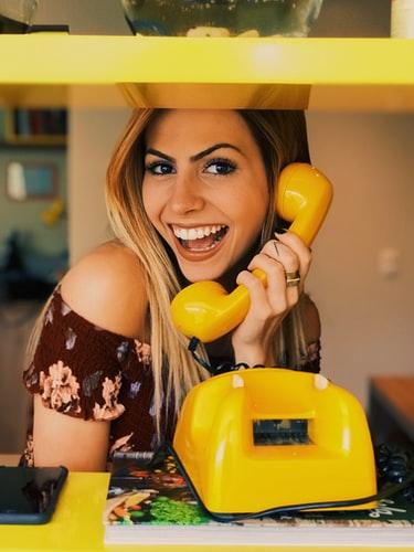 щастлив, харизматичен, аура, овен, успех, жълт, телефон
