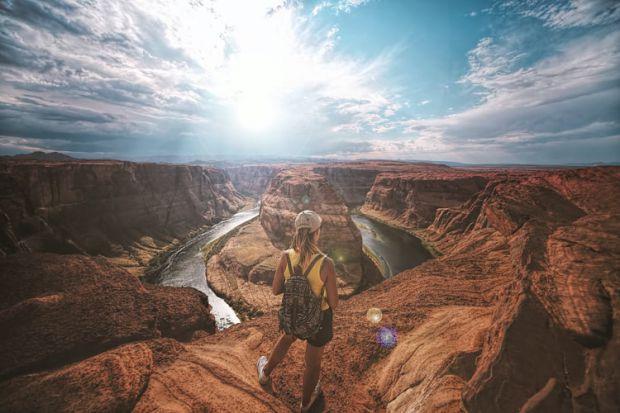 водолей, пътуване, съдбовнбост, астрология, хороскоп, каньон