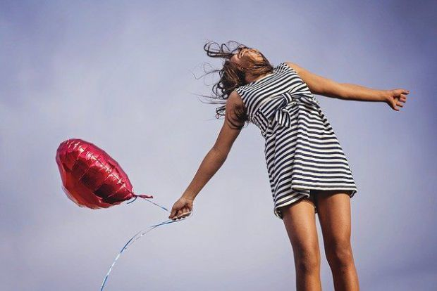 жена, балон, небе, освобождаване