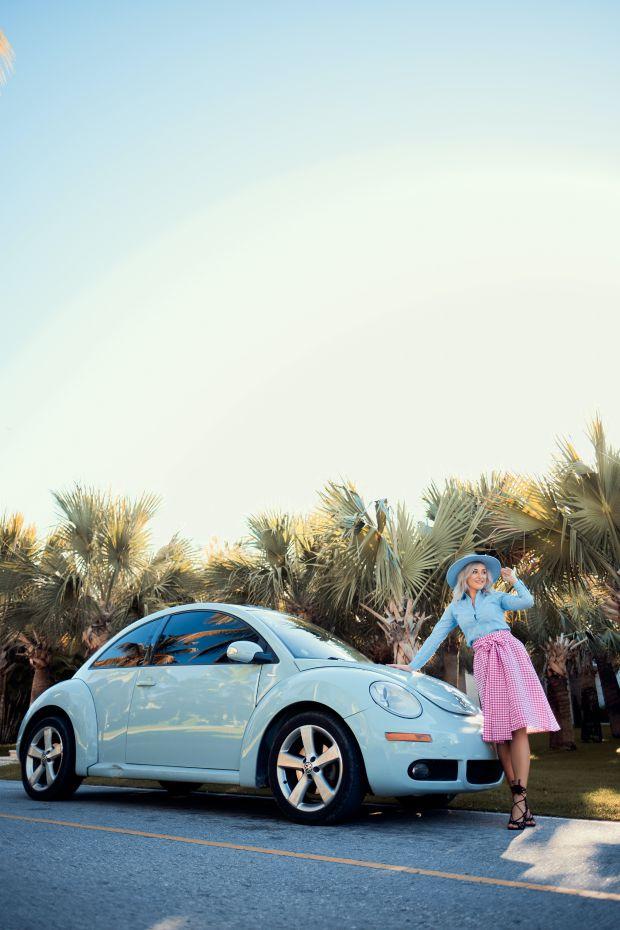 жена, кола