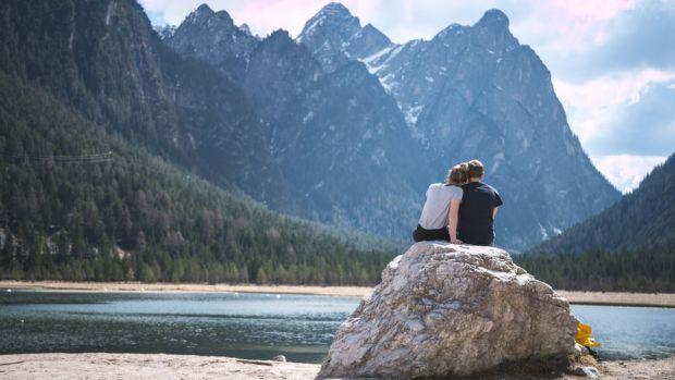 скала, езеро, моменти, щастие, заедно, любов, романтика