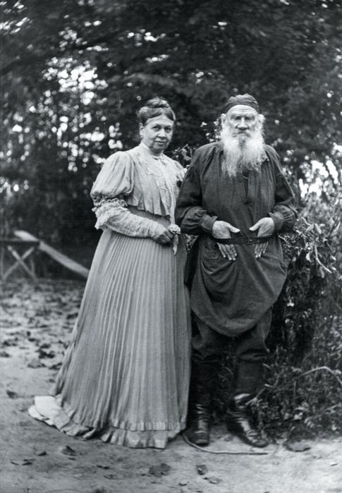 tolstoy women Check out leo tolstoy's strict 'rules of life' for keep away from women a part of hearst digital media esquire participates in various affiliate.