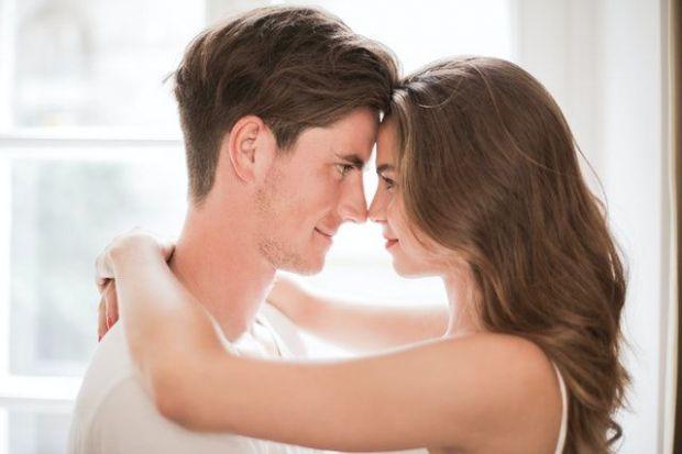човек, минало, мъж, жена, карма, прегръдка, интимност, връзка