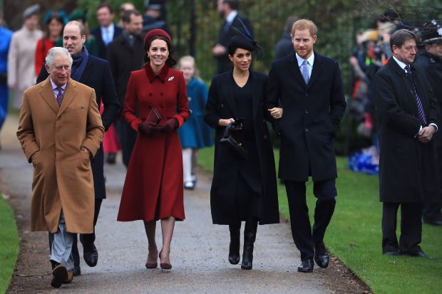 принц Чарлз, принц Уилям, Кейт Мидълтън, Меган Маркъл, принц Хари