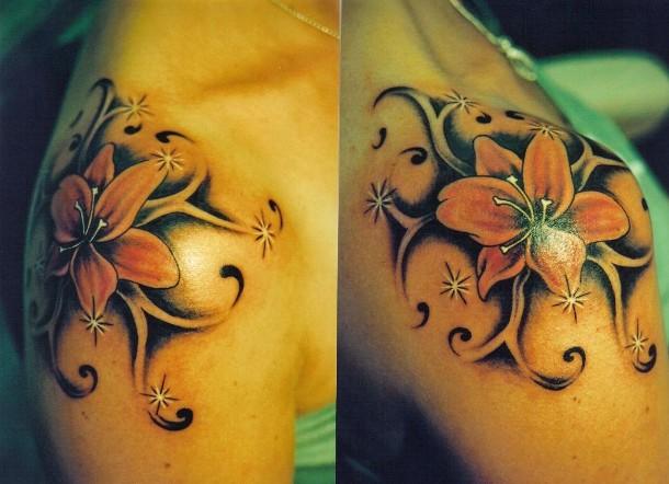 tattoo-blume-mit-tattoo-tribal_20090902192510.jpg
