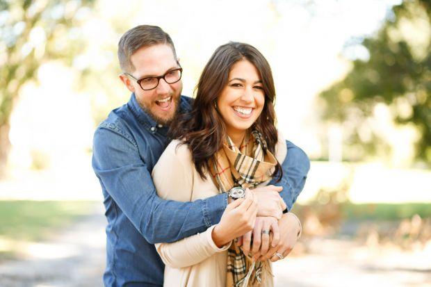 щастлива двойка, любовна съвместимост между зодии