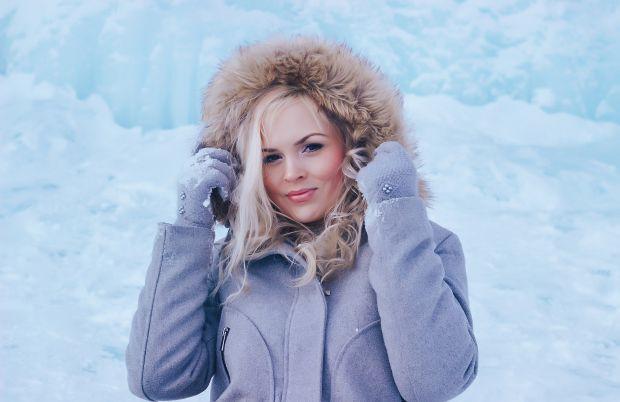 жена, зима, сняг