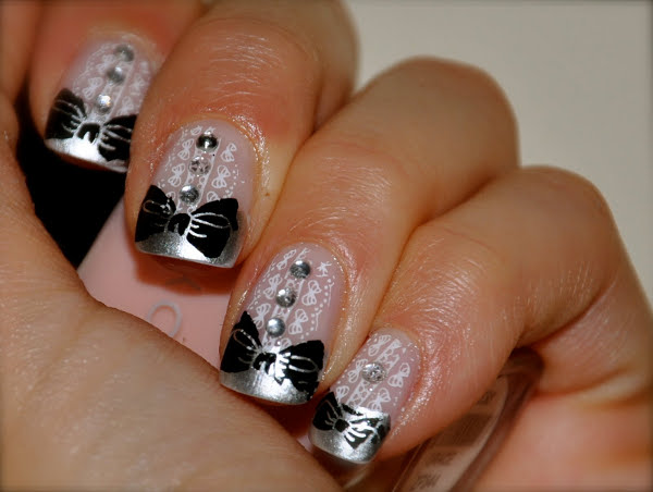 nails as tuxedo nail tuxedos nail tux nail art manicure in black and white Luxury manicure fashion nail art elegant manicure decorated nails