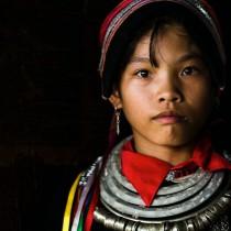Колоритните племена на далечен Виетнам в един въздействащ фотопроект