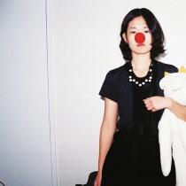 Фотографи отразяват самотата, превзела Южна Корея
