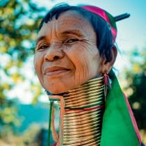 Жените-жирафи - туристическата атракция на Мианмар