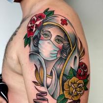 Най-интересните ковид татуировки