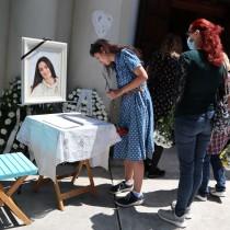 Последно сбогом с Лорина Камбурова, близки и приятели изпратиха актрисата