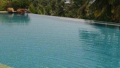 Почти нереално: басейн без край