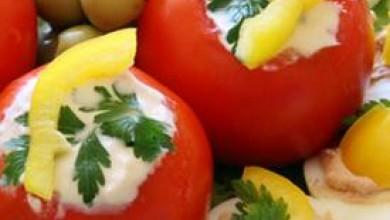 Пълнени домати с Крема сирене