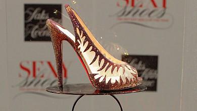 b11a22548b1 Най-секси обувка на годината - Maralena - Царството на обувките ...