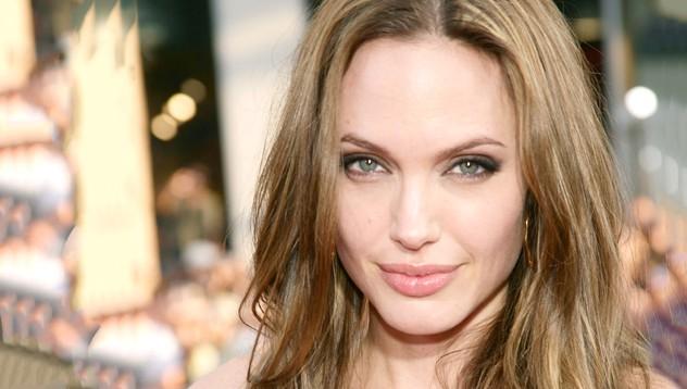 Уроци по любов от Анджелина Джоли