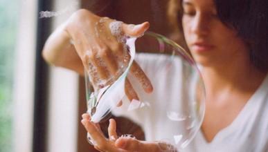 Днес е Световен ден на чистите ръце: Как да ги мием правилно?