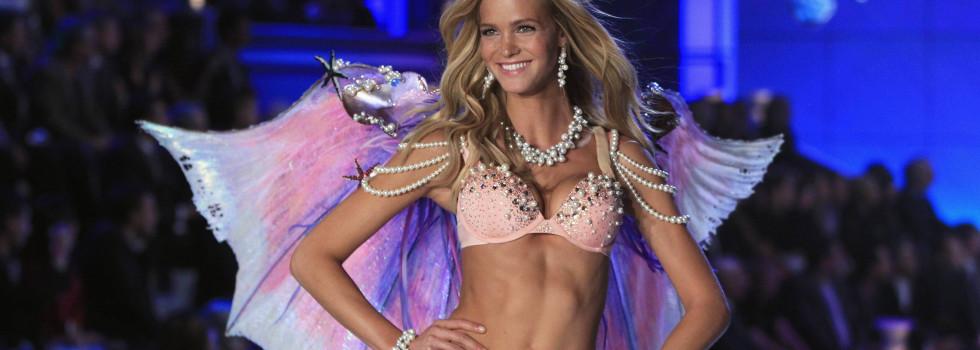 Модели срещу Victoria's Secret