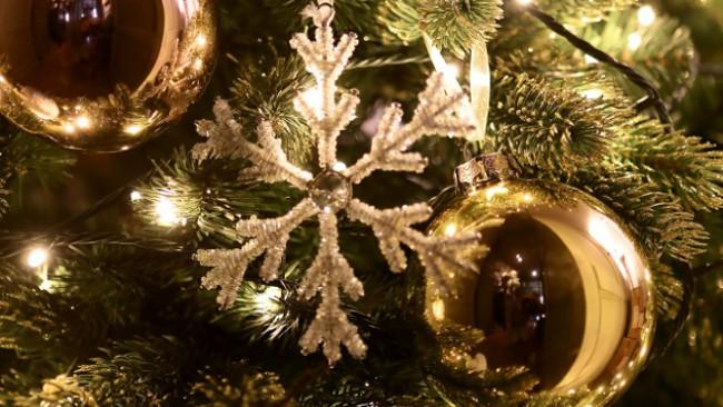 Коледен блясък и стил с COINCASA