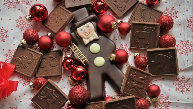 Който кихне пръв през първите минути от Новата година... 12 новогодишни поверия за късмет и любов