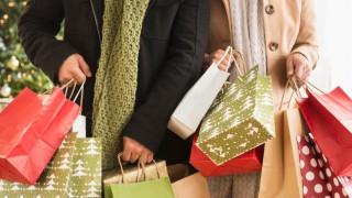 Коледно пазаруване: Кога и къде?