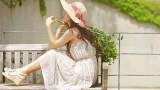 Писна ми от слънце, пролет и усмивки!