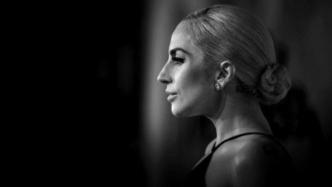 Лейди Гага със стилна визия за Tiffany & Co (снимки и видео)