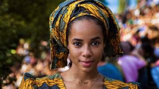 Румънка събра красотата по света в кадри