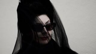 Модната икона Даян Перне: Хубавото сако и чанта са задължителни за всяка дама