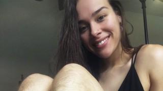 Фитнес блогърката, която ... не се бръсне