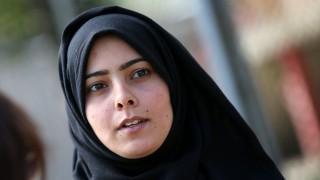 Да бягаш от войната - историята на една сирийка, сложила забрадка на 16 г.