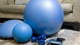 Мисия перфектно тяло за лятото: Направи си домашен фитнес!
