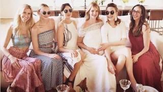 Бременната Роузи Хънтингтън – Уайтли ни удиви със стил и изящество