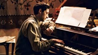 5 от най-знаковите сцени от филми за пианисти