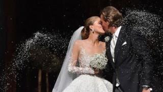 Виктория Сваровски се омъжи с осемметров воал