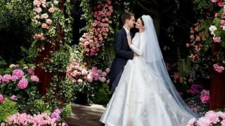 Да или не: Сватбената рокля на Миранда Кер?