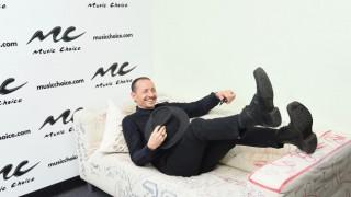 Вокалистът на Linkin Park бе открит мъртъв в дома си