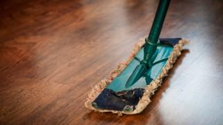 А чистите ли тези места в дома си?