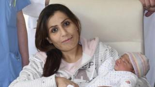 Сирийка кръсти дъщеря си Ангела Меркел